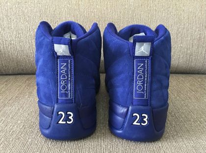 air-jordan-12-royal-suede-4_sa49m9.jpg